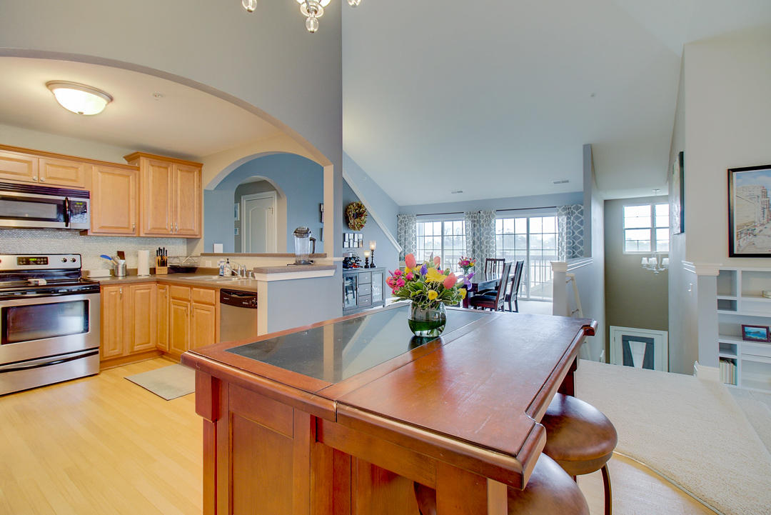 2540 W Colonial Woods Dr -11