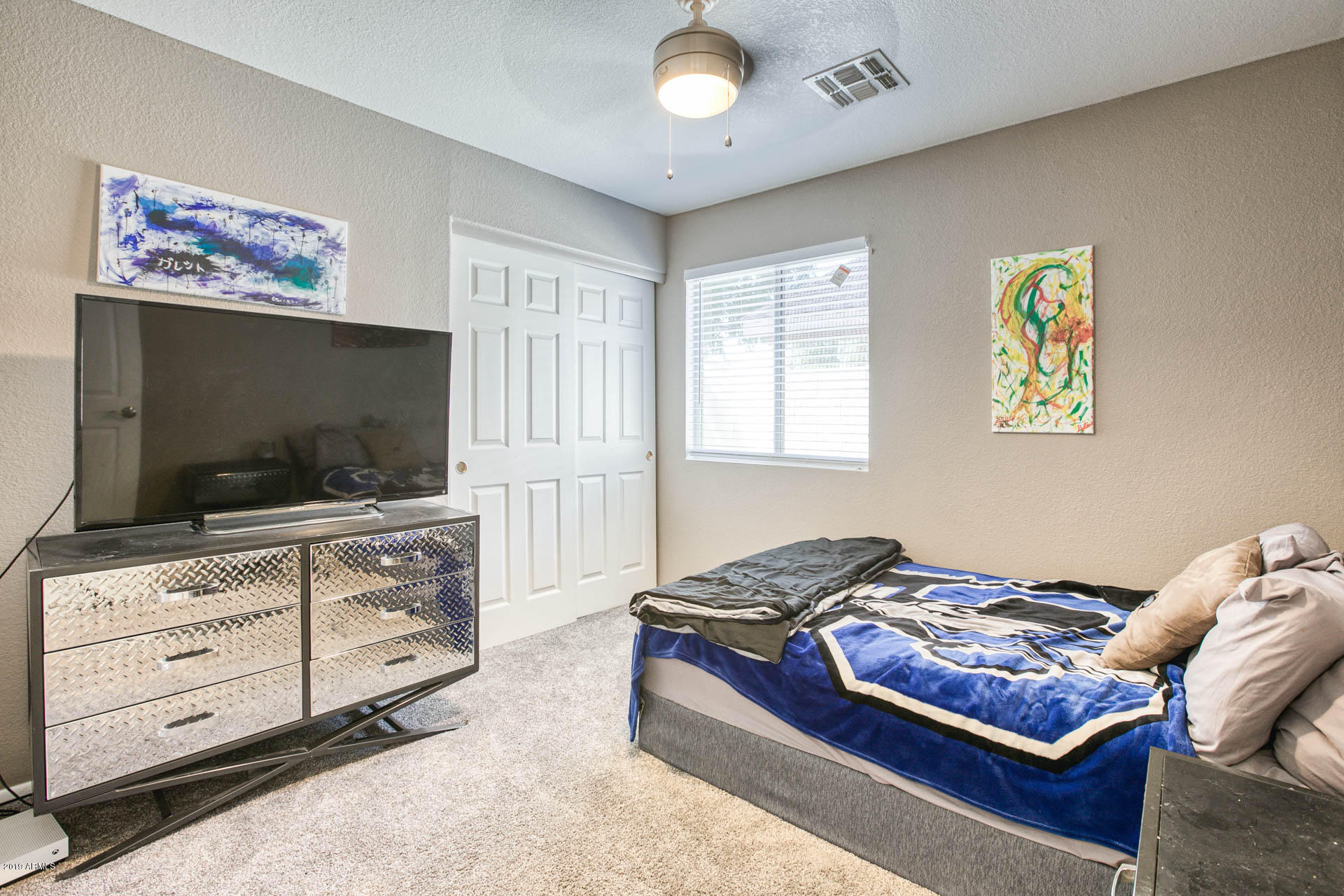 2335 E BROWNING  -17