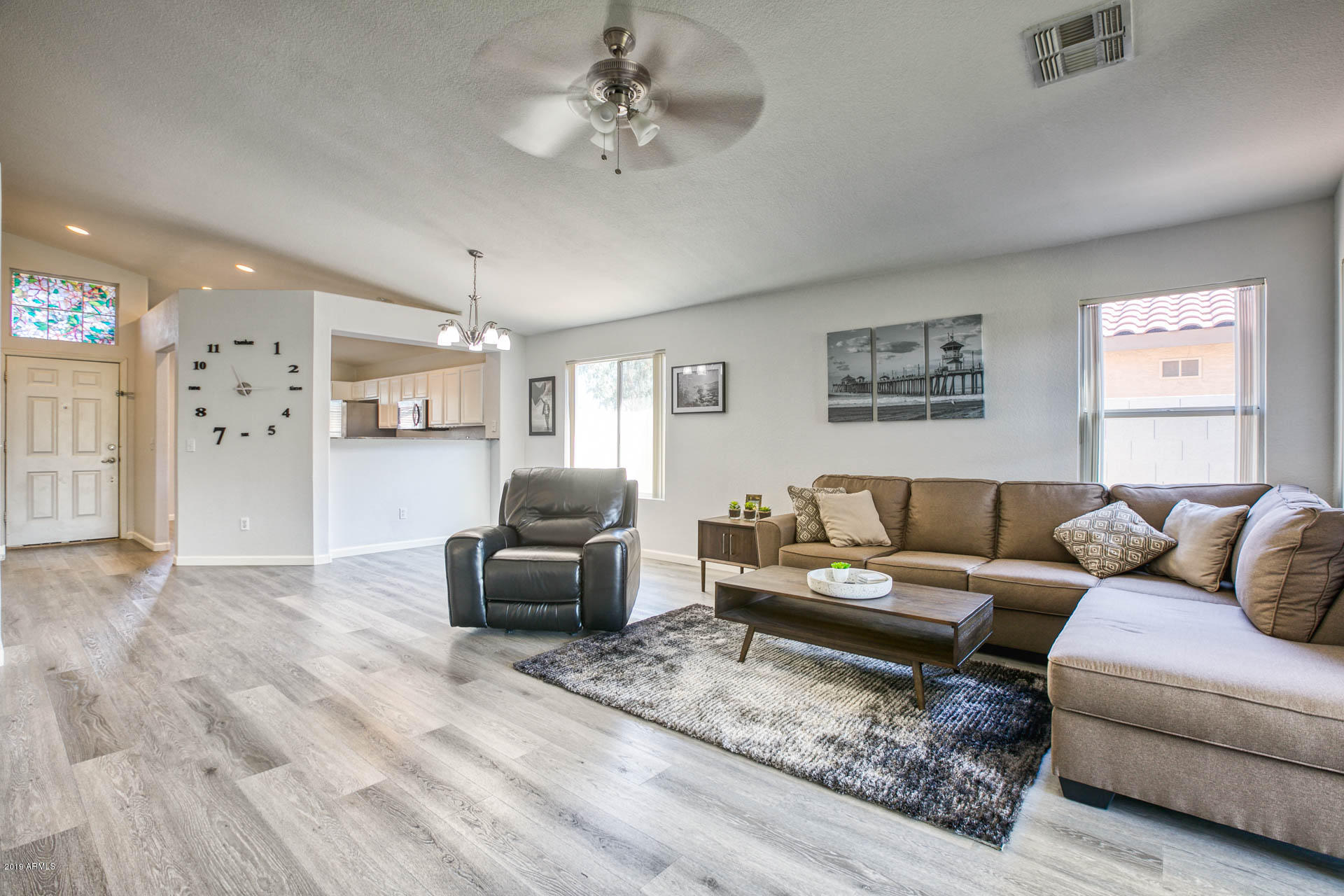 2335 E BROWNING  -12